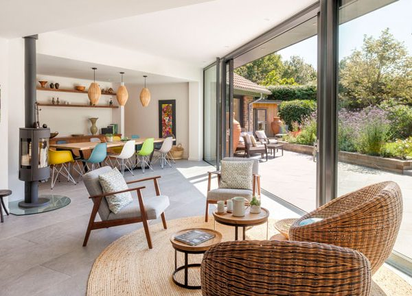 How To Create an Indoor-Outdoor Living Space